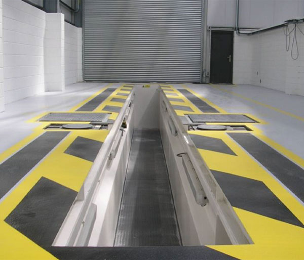 Prefabricated vosa vehicle inspection pits garage and for Mot architecture